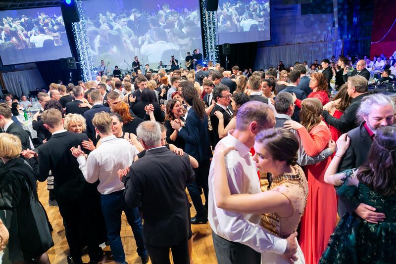 Maturantski ples 201901802